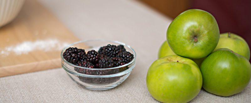 Apples and blackberries before cooking