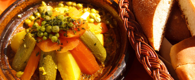 Berber vegetable tagine with bread