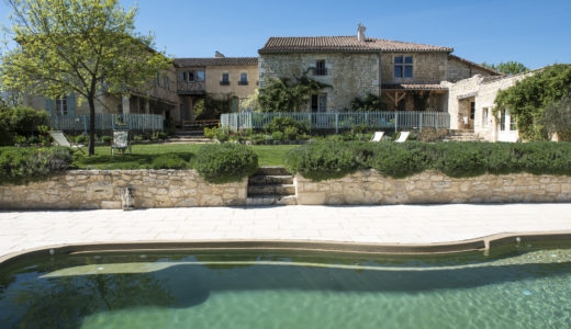 puissentut chateau with pool