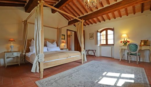 Giacinta bedroom